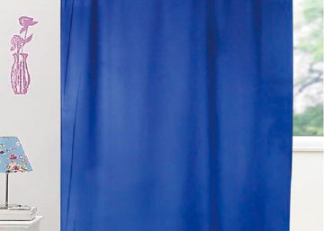 cortina tela troquelada con trabillas